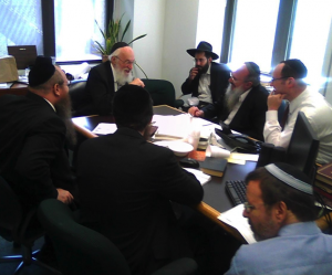Rav Belsky in action at OU Headquarters