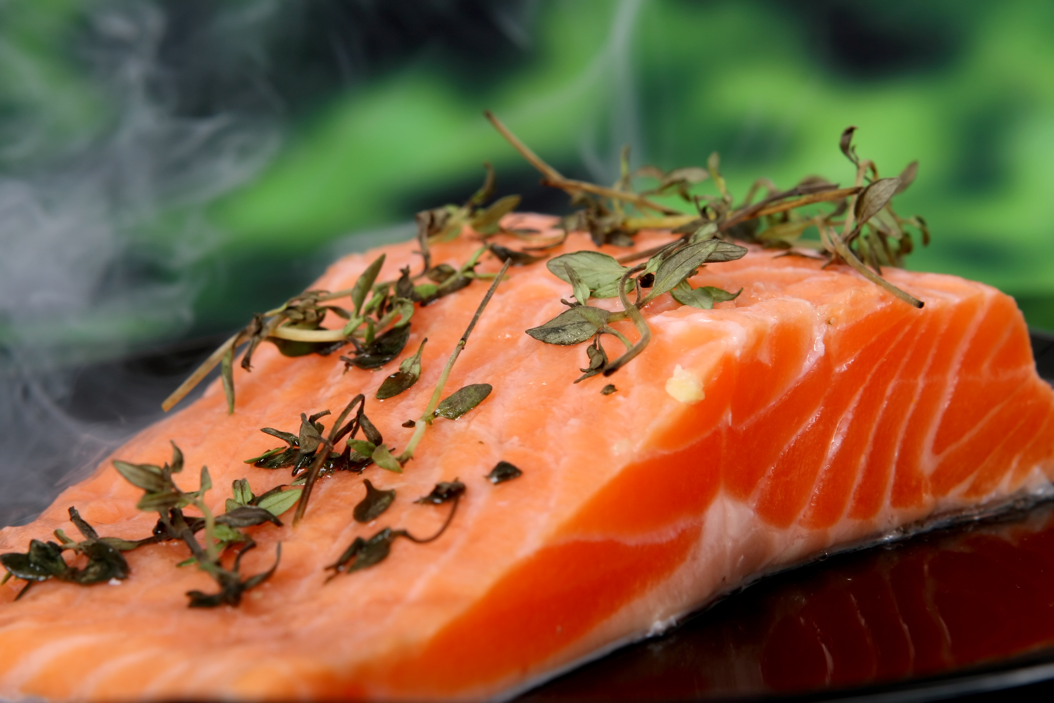 Can skinless salmon be assumed to be kosher? - OU Kosher